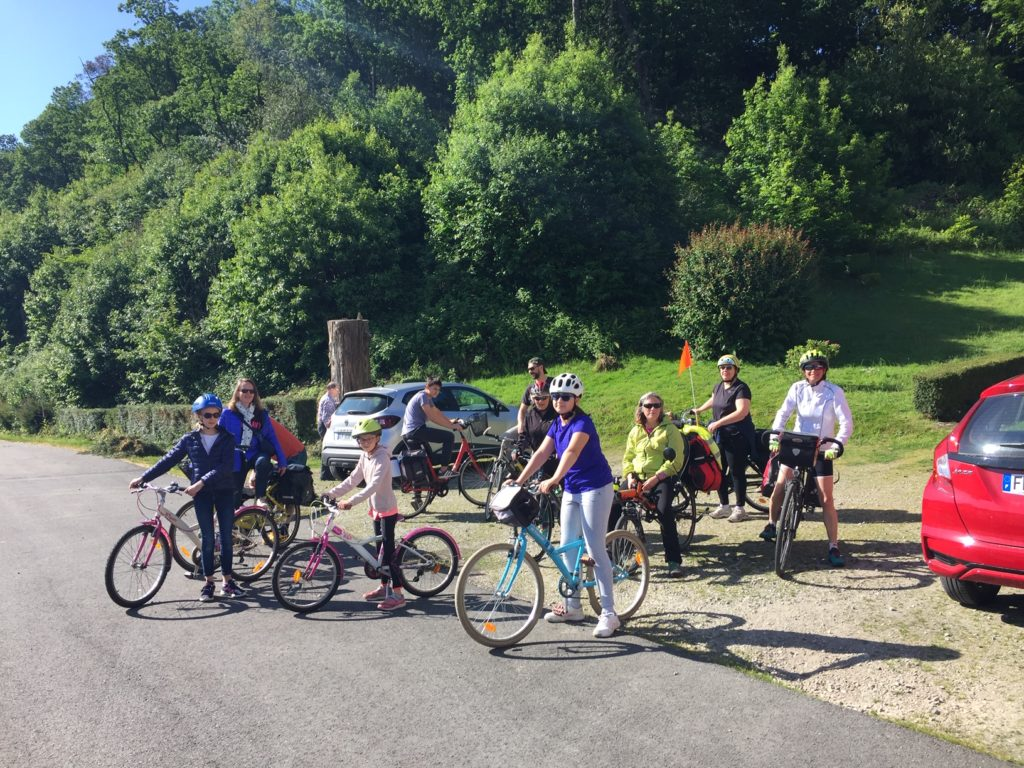 groupe à vélo, Villa Tranquillité à Rohan