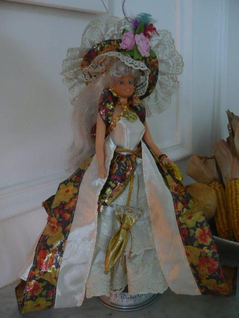 Un peu kitsh, cette poupée en guise de Comtesse!