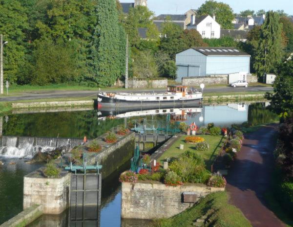 Vue sur le canal de Nantes à Brest