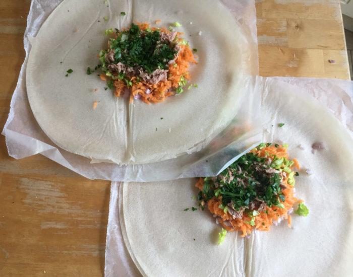 feuille de brick au thon, oeuf et carottes. Table d'hôte de la Villa Tranquillité, Rohan 56