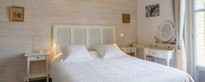 Chambre Belle Epoque, vue sur l'écluse, baignoire