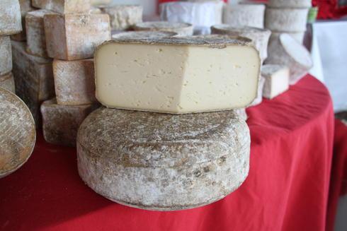 A la La Ferme deu Lintan, il y a de bons fromages. Ici, le Préféré d'Mamie. Que vous trouverez à la table d'hôte de la Villa tranquillité